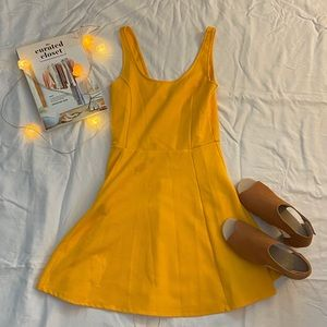 Used yellow dress (juniors)